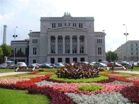 Latvijas Nacionālā opera :: Atputasbazes.lv