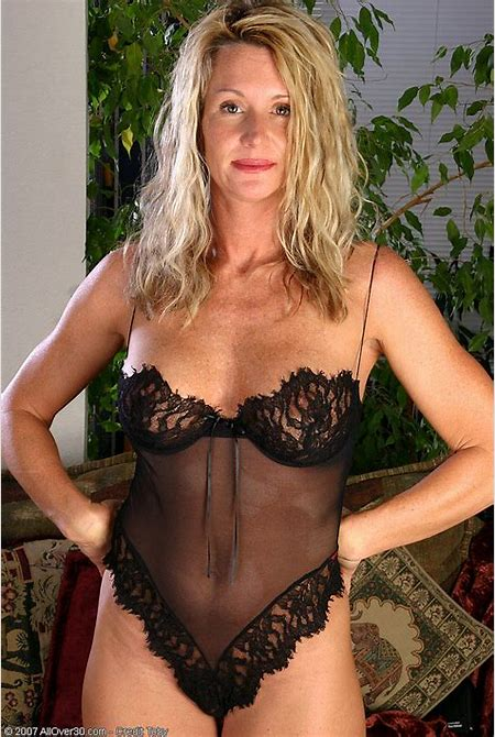 AllOver30.com - 23/25 - Milfs 30 – Free Pictures Of Nude Older Women