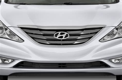 Jul 09, 2021 · there's also the hyundai sonata hybrid, which we review separately. 2014 Hyundai Sonata Reviews - Research Sonata Prices ...