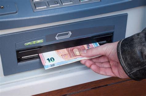 À Maubeuge, un homme de 78 ans violemment agressé alors qu'il retirait de l'argent | Lille Actu