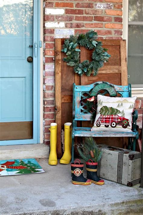 front porch decorating ideas  thrift store finds