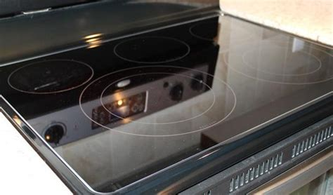 how to clean glass cooktop how to clean your glass top stove using