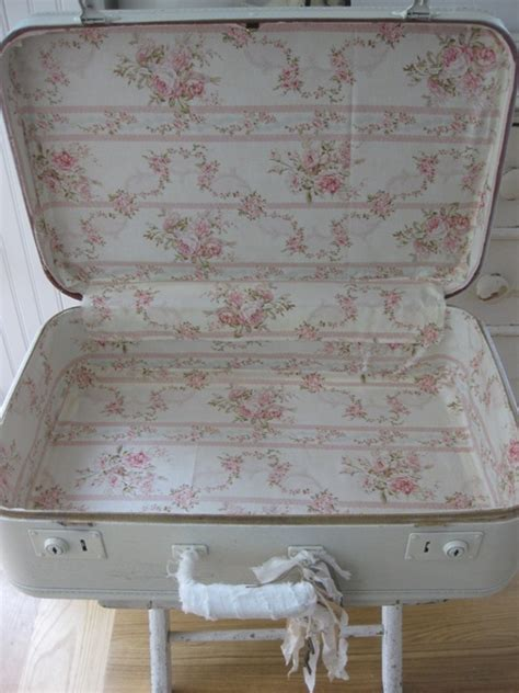 shabby chic suitcases 104 best images about shabby chic suitcases on pinterest vintage suitcases vintage luggage