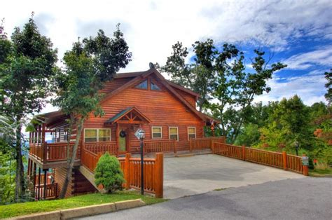 pigeon forge cabins for by owner auntie belham s cabin rentals pigeon forge in pigeon