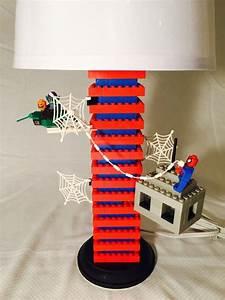 Was Ist Eine Lampe : dies ist eine handgefertigte spiderman lego lampe bei ~ A.2002-acura-tl-radio.info Haus und Dekorationen