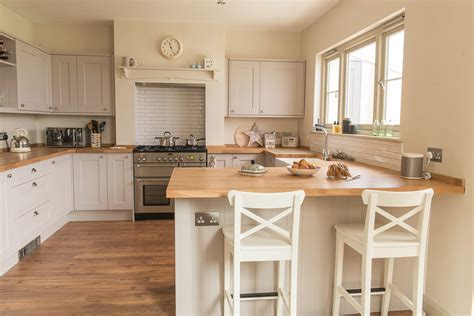 country kitchen diner fifi mcgee my kitchen diner makeover with before 2785