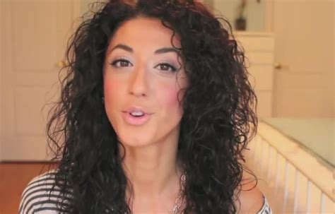 how to style wavy hair naturally hairstyles how to style naturally curly wavy hair 1189