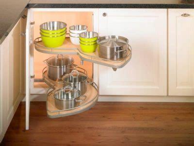 kitchen cabinet accessories blind corner lengkapi kitchen anda dengan aksesoris kitchen set berkualitas 18202