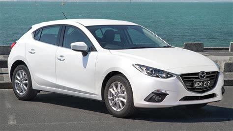 Mazda 3 Maxx 2016 Review
