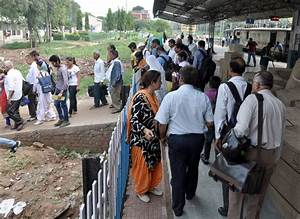 AGM inspects city railway station, points out several ...