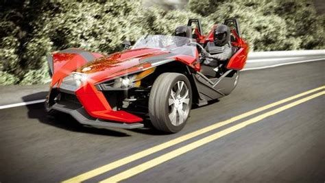 2015 Polaris Slingshot Pictures