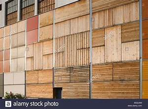 Holzfassade Lärche Anleitung : holzfassade wooden facade stock photo 27103180 alamy ~ A.2002-acura-tl-radio.info Haus und Dekorationen