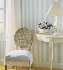 gestreiften wohnzimmer stuhl mobelideen With balkon teppich mit schöner wohnen tapete glossy charme