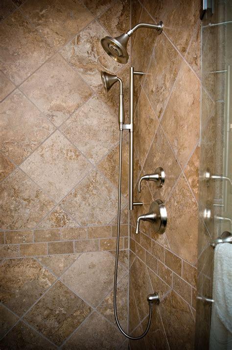 travertine with subway tile accent border bathroom ideas