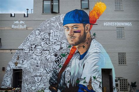 kris bryant mural   chicago
