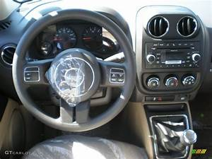 2011 Jeep Patriot Sport 5 Speed Manual Transmission Photo