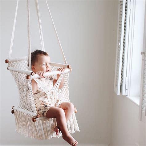 balancelle suspendue macrame pour bebe boheme le joli shop