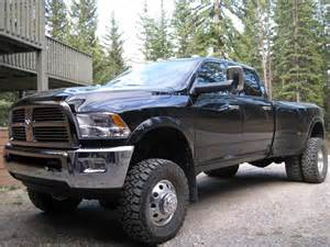 dodge ram 3500 dually lifted image 219 - Dodge Ram 3500 Dually Lifted With Stacks