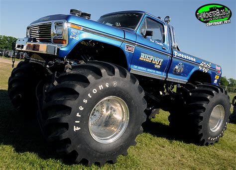 bigfoot monster truck bigfoot 1 international monster truck museum hall of fame