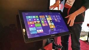 Riesiger tablet tisch soll wohnzimmer erobern ces 2013 for Tablet tisch