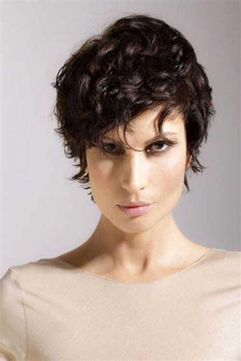 short curly hair short hairstyles haircuts