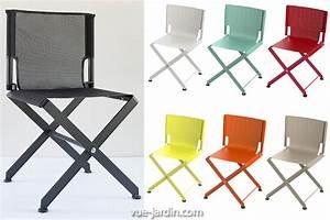 Chaise De Jardin Grise : chaise de jardin pliante design zephir de matire grise en aluminium et batyline vue ~ Teatrodelosmanantiales.com Idées de Décoration