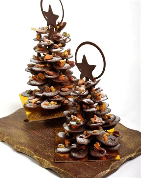 christmas tree with chocolates 17 best images about choc decs on 4598