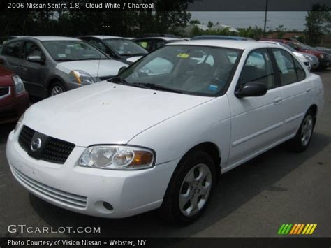 white nissan sentra 2006 cloud white 2006 nissan sentra 1 8 charcoal interior