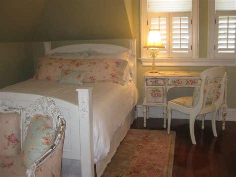 shabby chic guest bedroom shabby chic guest bedroom redo pinterest