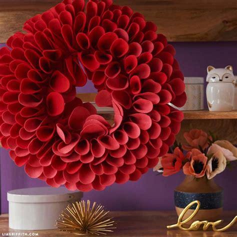 brilliant red diy room decor ideas