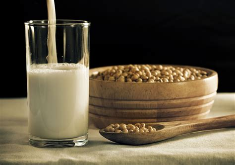 10 Reasons Why Drinking Soy Milk Can Be Harmful To Your Health