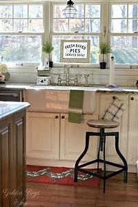 cozy farmhouse style in our kitchen 835