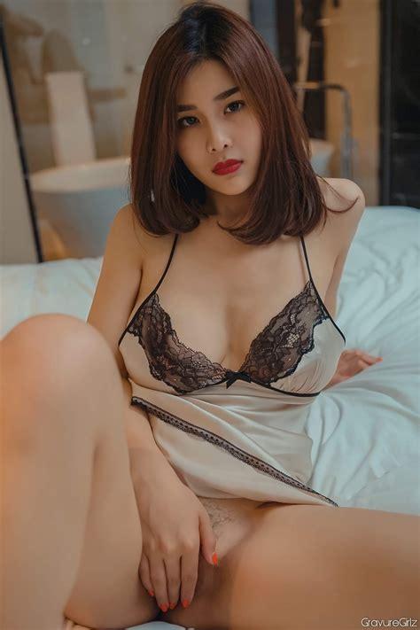 yan panpan 闫盼盼sexy big breasts police cosplay in tiny lingerie page 4 of 8 gravuregirlz