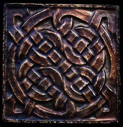 Kitchen Backsplash Celtic Tile sculpture