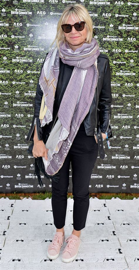 Zoe Ball goes casual chic for first public appearance ...