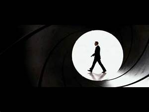 James Bond Theme from Quantum of Solace - YouTube