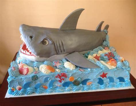 birthday shark cake  res p hd