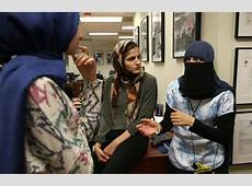 Muslim woman sues Chicago, police, alleging excessive