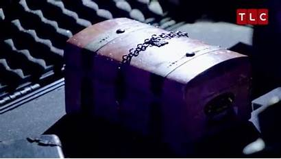 Dybbuk Box Paranormal Lockdown Being Mysterious Features