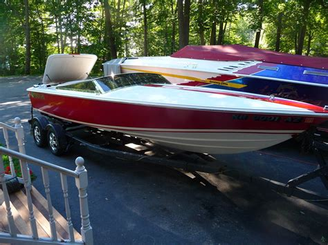 Donzi Boats For Sale 22 Classic by Donzi 22 Classic Blackhawk 1996 For Sale For 1 000