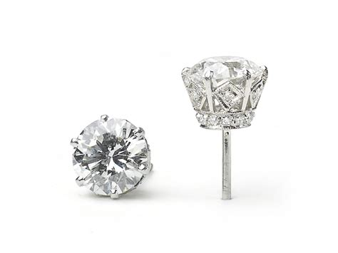 311 Carat Diamond Platinum Earrings — Jewellery Discovery. Marquise Cut Diamond Engagement Rings. Super Watches. Do Amore Engagement Rings. Hammered Gold Band. Platinum Diamond Band. Pipe Chains. Gold Plated Watches. Steampunk Pendant