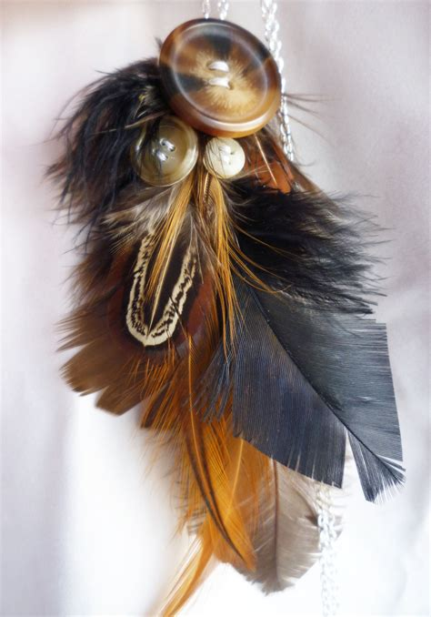 beautiful feather necklace     feather