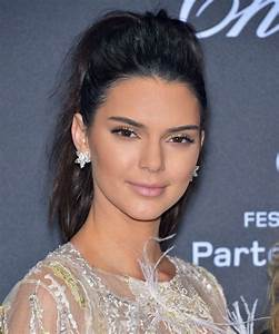 Photos: Kendall Jenner Buys Los Angeles Mansion from Emily