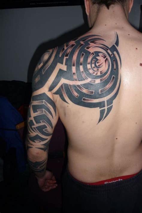besten tattoo designs fuer maenner im jahr