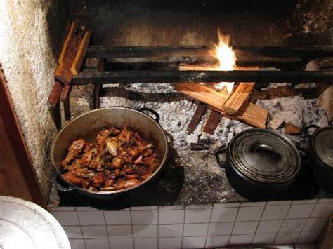 cuisine feu de bois bei sonnenaufgang photo de chambres et tables d 39 hotes