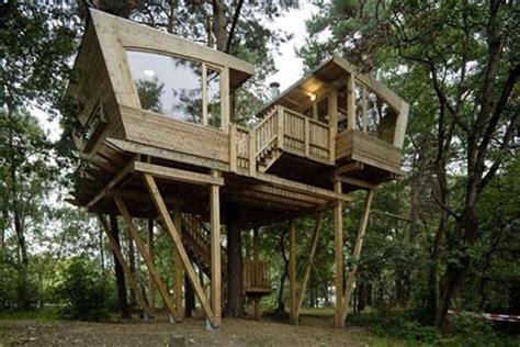 33 Simple And Modern Kids Tree House Designs Freshnist