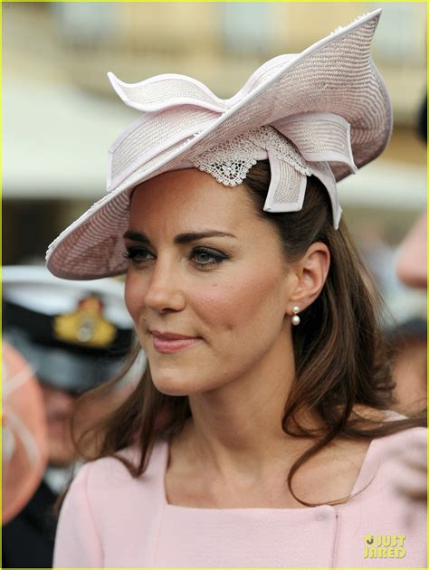Duchess Kate Buckingham Palace Garden Tea Party! Photo