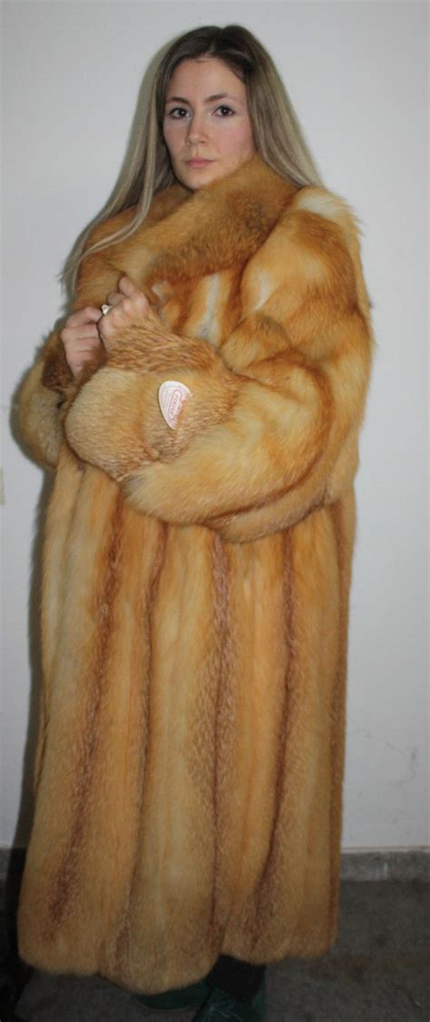 1000 images about fur on fur coats fur trade 1000 images about this fox fur coat like my coat