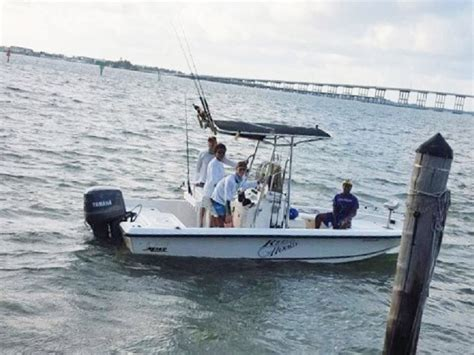 Used Mako Bay Boats For Sale by 2000 Used Mako Bay Shark Runabout Center Console Fishing
