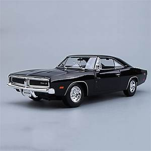 Aliexpress com Buy Maisto 1/18 1969 Dodge Charger R/T